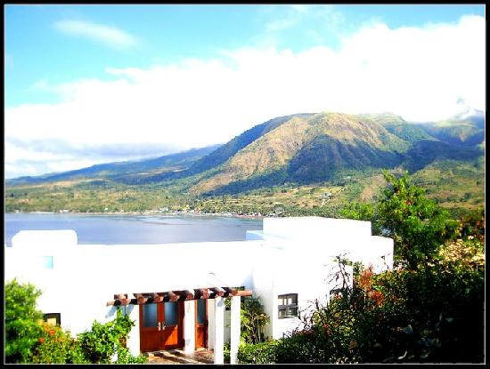 Bellarocca Island Resort and Spa: View of Mt. Malindig on the right