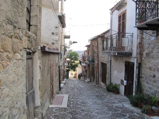 La Rocca: one of the enchanting streets in Roccapalumba