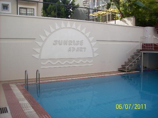 Apartments Sunrise Pool Area