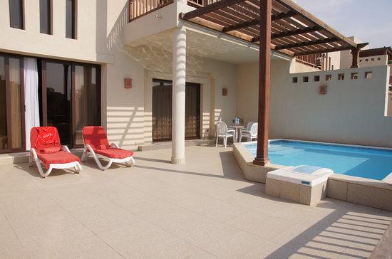 Cove Rotana Resort Ras Al Khaimah: 2 bedroom villa + pool