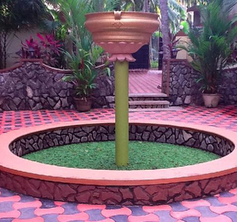 Ideal Ayurvedic Resort: Entrance