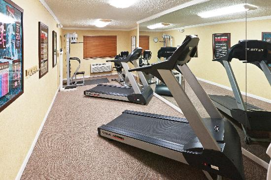 Holiday Inn Express Santa Fe - Cerrillos : Fitness Center
