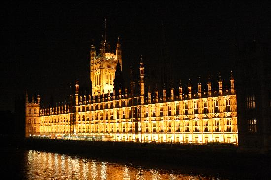 Houses of Parliament: night view