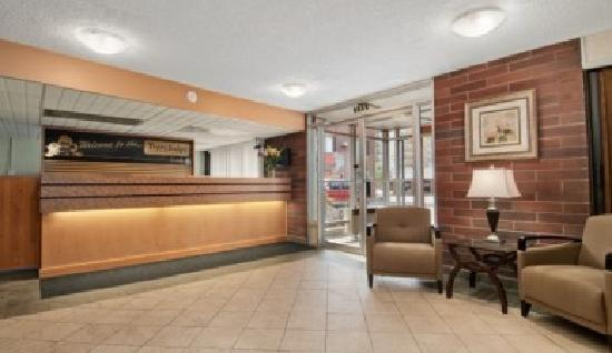 Travelodge Prince George Goldcap BC: Lobby