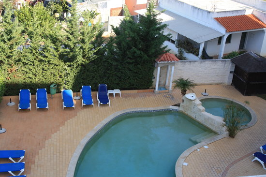 Velamar Budget Boutique Hotel: pool (taken from breakfast balcony)