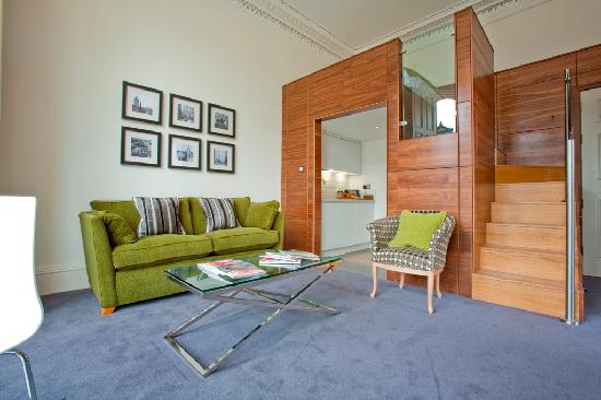 Merchiston Residence: Second elevated bed within 2 bed apartment