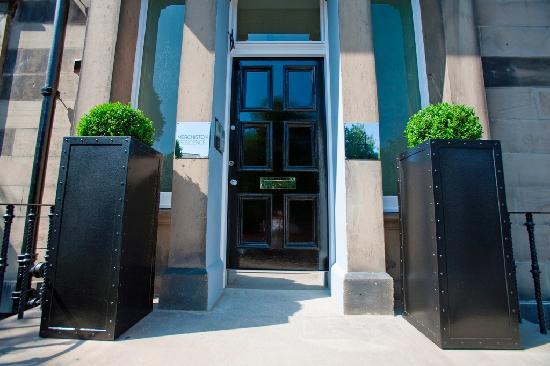 Merchiston Residence: Exterior image