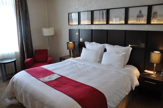 โรงแรมมาริออทท์ มิวนิก: Bed