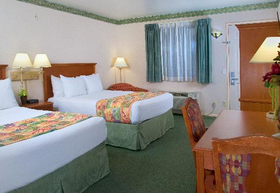 Old Town Inn: Standard Guestroom