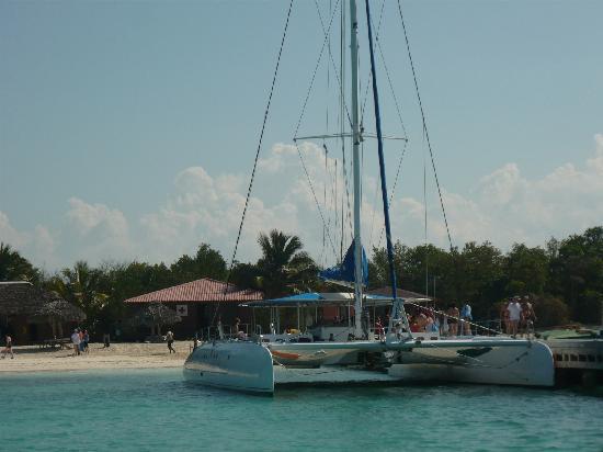 Varadero Beach: A day on the catamaran