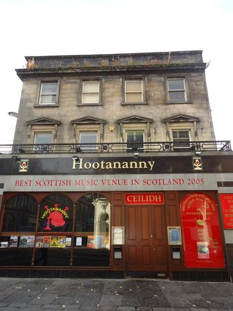Hootananny Inverness : The Outside