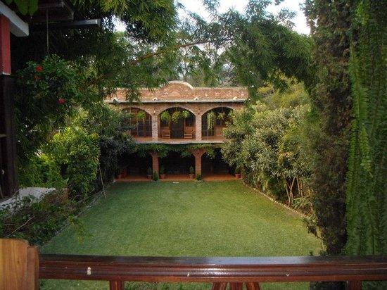 Hotel Santa Ana : Vista del área social, ideal para bodas