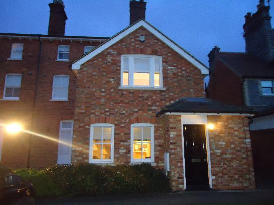 SACO Reading - Castle Crescent: Apartment Frontside