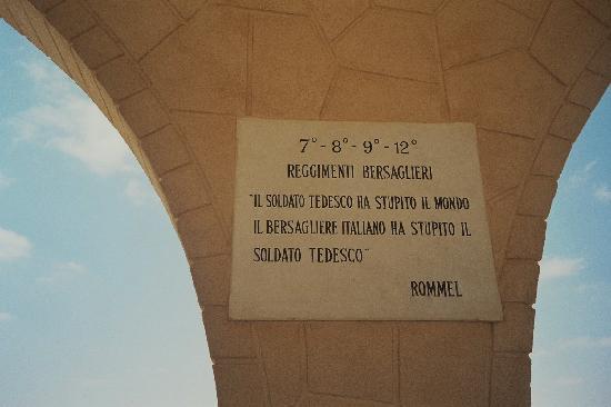 El Alamein War Museum: Dedicato ai Bersaglieri Italiani