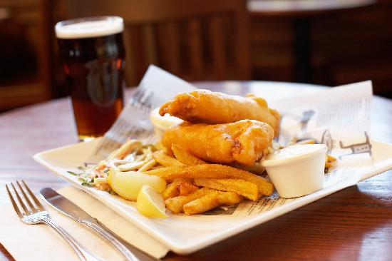 St. Andrew's GastroPub : Beer Battered Fish & Chips