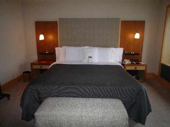 Sheraton Grande Walkerhill: クラブスイートのお部屋。