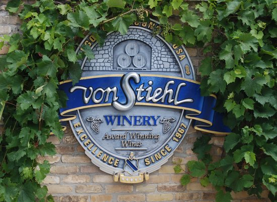 Von Stiehl Winery: Logo