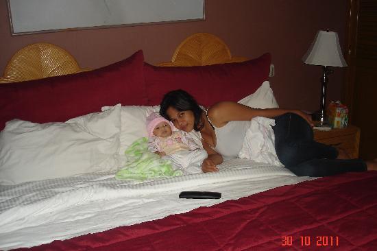 Aparthotel Guijarros : Mi Esposa en la recamara