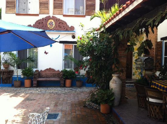 Casa Fantasia: Court yard
