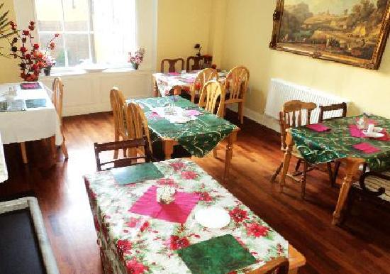 دوربان ريزيدانس: Dining room
