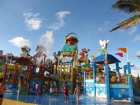 Beach Park: Acqua show!