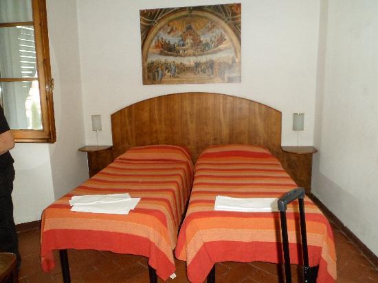 Casa Santo Nome di Gesu: bedroom