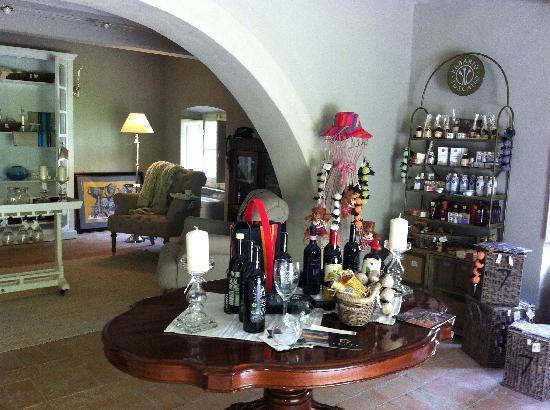 Villa di Piazzano: hotel gift shop