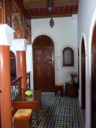 Riad Souad: upper hallway entrance to our room