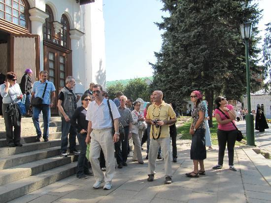 Den Røde Plass: Vitali con sus turistas 01