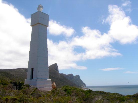 Hike Table Mountain: The impressive monument to Vasco De Gama