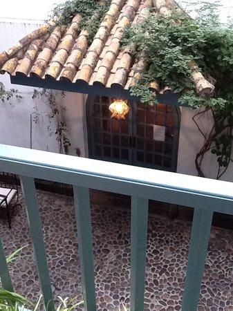 Hospes Las Casas del Rey de Baeza Sevilla: Central courtyard