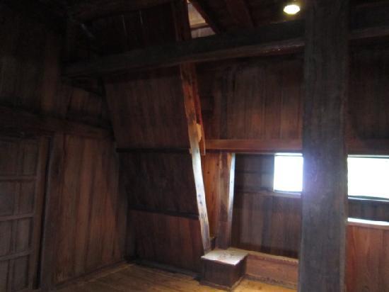 Maruoka Castle: 階段