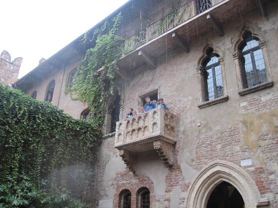 Verona, Italia: Juilets Balcony