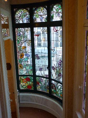Hotel Castel Jeanson : Los vitreaux del hotel