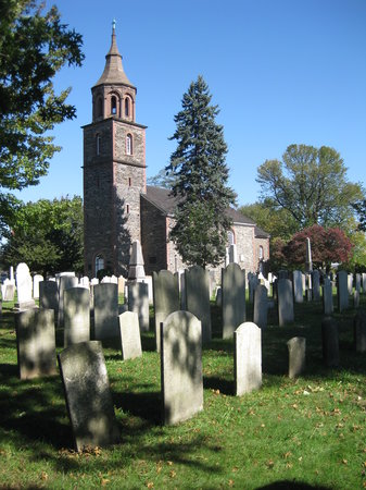 Mount Vernon, NY: View of the St. Paul's Church and Cemetery
