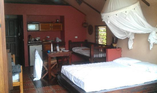 Fatumaru Lodge: Our condo with en-suite
