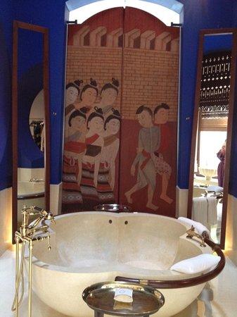 Phulay Bay, A Ritz-Carlton Reserve : indoor bath tub