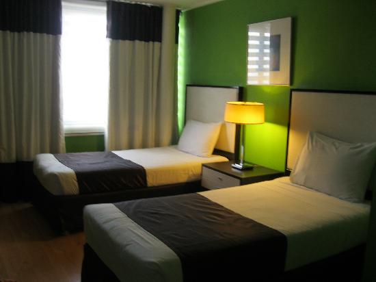 2 Bed Bedroom bedroom with 2 twin beds - picture of astoria plaza, pasig