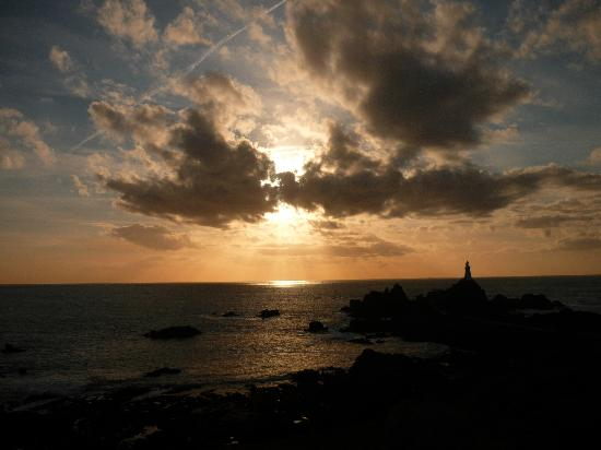 Corbiere Lighthouse (La Corbiere): Sunset.