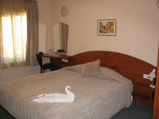 Hotel Niky: Room