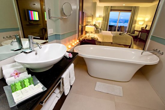 The Lighthouse Marina Resort: We've taken special care to even make the bathrooms just as lush as everything else.