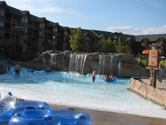 Wilderness at the Smokies Resort: salamander springs, the outdoor pool