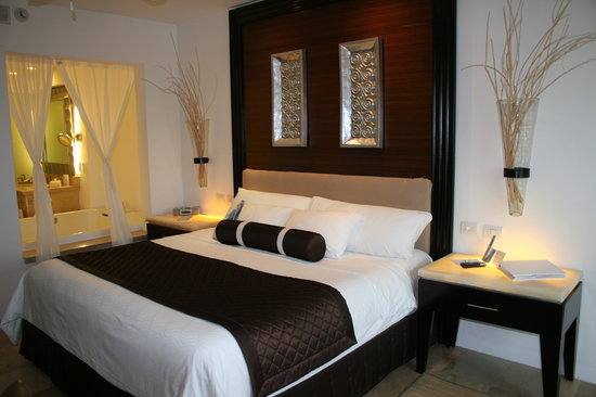 Le Blanc Spa Resort: Standard king guest room