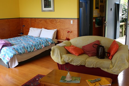 Yuulong, Avustralya: Sheets over lounge