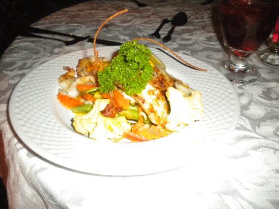Yard Beach House: dinner