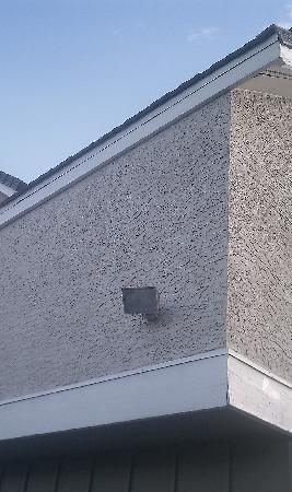 Residence Inn Phoenix: Source of loud noise keeping me awake all night