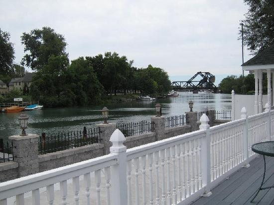 Michael's Landing Banquet Hall: view of Erie Canal