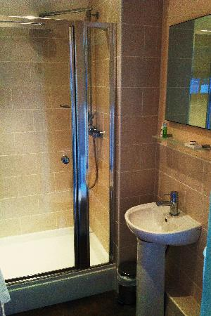 Lion Hotel: All rooms have en suite bathrooms