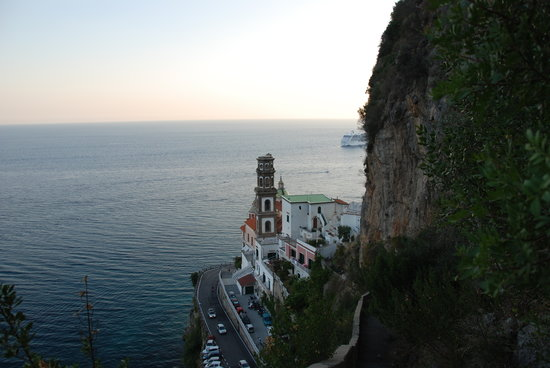 Ravello, Italy: view of Atrani