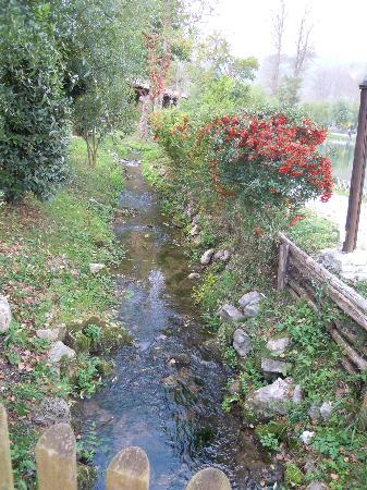 Castelpetroso, İtalya: laghetto